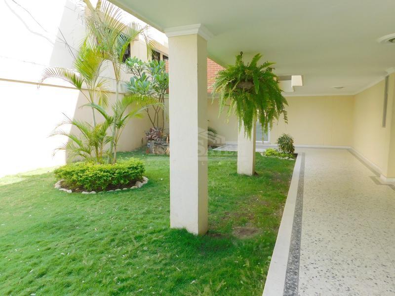 Inmobiliaria Issa Saieh Apartamento Arriendo/venta, Riomar, Barranquilla imagen 1