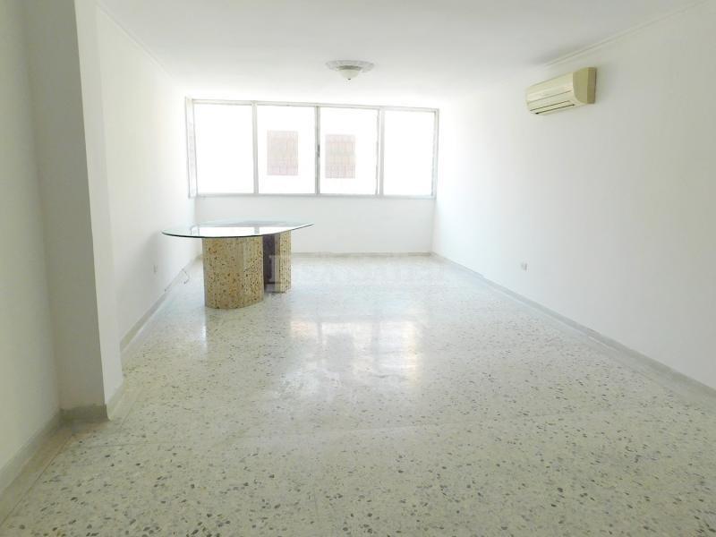 Inmobiliaria Issa Saieh Apartamento Arriendo/venta, Riomar, Barranquilla imagen 6