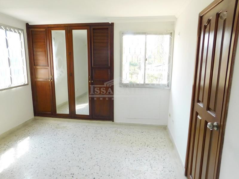 Inmobiliaria Issa Saieh Apartamento Arriendo/venta, Riomar, Barranquilla imagen 8