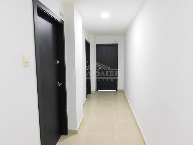 Inmobiliaria Issa Saieh Apartaestudio Arriendo, Riomar, Barranquilla imagen 2