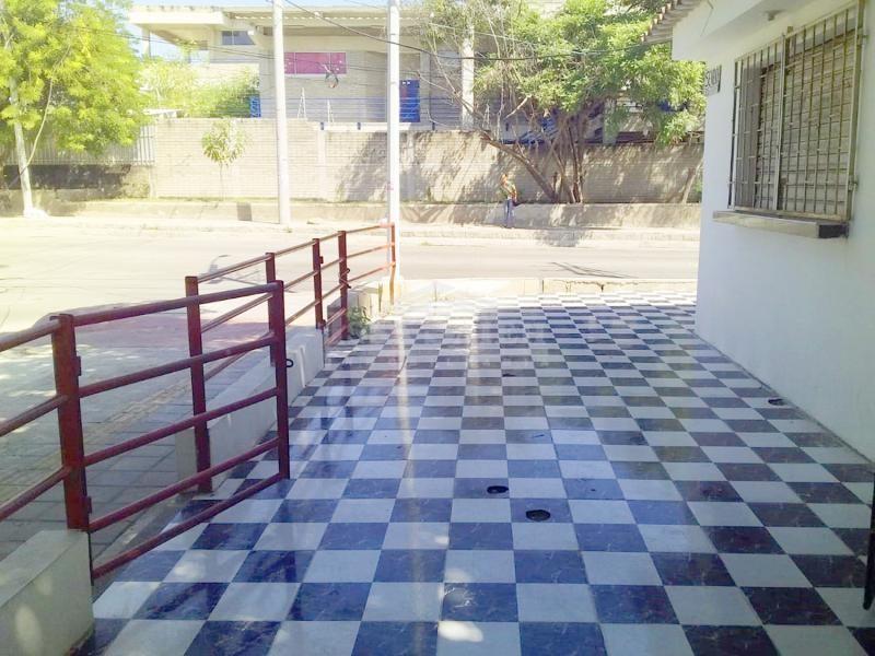 Inmobiliaria Issa Saieh Casa Arriendo, San José, Barranquilla imagen 3
