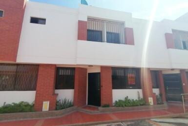 Inmobiliaria Issa Saieh Casa Arriendo, Los Alpes, Barranquilla imagen 0