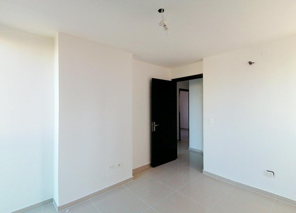 Inmobiliaria Issa Saieh Apartamento Arriendo, El Golf, Barranquilla imagen 14